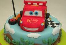 """Children birthday cake / Torte di compleanno per bambini. Idee per torte divertenti,  colorate e di design da mangiare o da spiaccicare! Ideali per i nostri servizi fotografici """"Smash the cake""""!"""