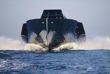 Motor yachts / #моторные #катера #яхты #мегаяхты #суперяхты #motor #boat #speed #cruiser #mega #super #yachts #luxury