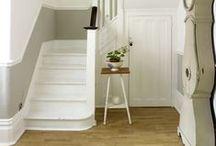 Entrance & stairs / Hauseingänge, Flure und Treppen