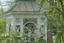 Gorgeous Gazebos / Gorgeous gazebos, arbors, rotundas and trellis structures... / by Wendy de Rooy