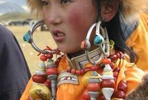 Cultures and Beads / beads by humans
