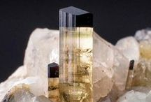 Mineral Magic / Beautiful and sparkling treasures from Mother Earth
