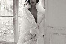 <black&white>