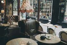 dream of a cafe bar