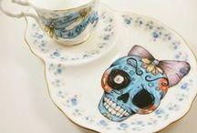 Ceramics, Pottery &  Porcelain! / by Carolina R