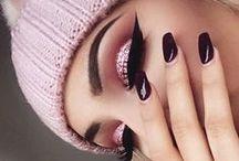 makeup  .