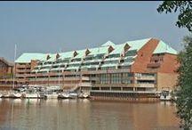 BRONTE CONDOS ( Stoneboat Quay ) / BRONTE - 100 Bronte Road, Oakville Ontario Canada $300K - $800K