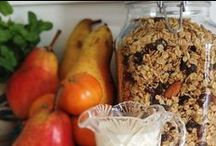 Food: What's for breakfast / Organic, whole grain, real food breakfast recipes and tips