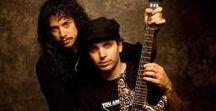 Kirk Hammett . / På top 3 er Kirk,Mustaine og Slash for min del..Men hvorfor i all verden har noen fått det for seg jeg liker Sorpions og ACDC !! Det gjør jeg Ikke !-Kirk og Santana har en nydelig låt sammen