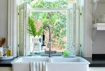 Dream Home / Houses, rooms, furnishing, paint, gardening, appliances.  / by Martine Calomino
