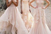 Bridesmaids Ideas / #bridesmaid #ideas #fun #dresses #creative #humor #inspo
