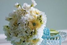 13 Floral Table Centre Designs for your Event / Tantalizing Table Inspiration...