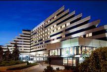 Orea Hotel Pyramida / Prostorný konferenční hotel v Praze 6, Česká republika