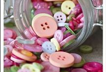 Sew Many Buttons / Oh the creations that come from a simple little button!