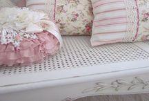 Pillow Love / Isn't she lovely!