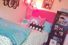 College Stuff ✏️ / Dorm Ideas, Organization Tips, & College Life Stuff / by TheLifeOfAFabTeen