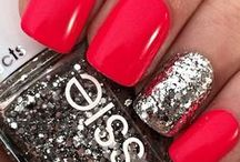 my fav essie's nail polish