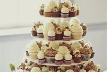 Wedding Cakes / Creative wedding cake ideas and cool wedding cake designs!