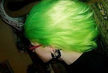 エレクトリックリザード / 明るく淡いグリーン。ナチュラルトーンで染めたときの透明感がステキ!