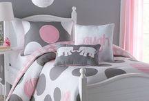 Kids bedroom/storage