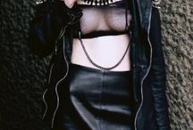 STYLE: GOTHIC QUEEN / goth, gothic, nu goth, pastel goth and alternative clothing