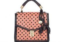8 Handbags 8