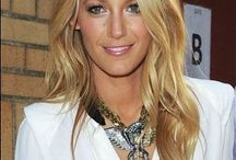 Blake Lively wearing statement necklace