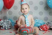 Hoera 1 jaar! / Nee!!! De kleine is al bijna weer 1 jaar. Het gaat zooooo snel. Dag baby hallo dreumes. Hier vind je leuke ideeën voor de eerste verjaardag.