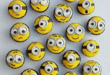 Minions party / Pictures and ideas for a Minions themed party: Centerpieces, Table and home decorations, invitations, favors and more.
