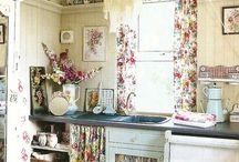 Autumnal Afternoons / French inspired table settings, kitchens and more