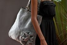 Monotone Fashion / The classic look with monotone fashion. Classy, elegant, beautiful. Matches every outfit, every time.