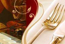 #propuestagastronómica1agosto2013 / Y para inaugurar el mes de agosto adoptaungay se traslada hasta Granada para haceros su #propuestagatronómica como todos los jueves por si queréis aprovechar a ir a comer o a cenar con vuestros amig@s o esa persona tan especial.