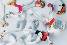 Shoes Window Display Inspiration / Best shoes Window Display Inspiration from all over the world