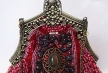 Handbags - Victorian / Victorian and antique beaded and other handbags and purses