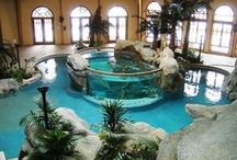 Outside - Water features, ponds, pools & showers