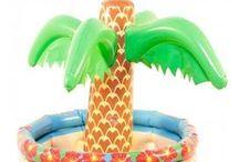 Zomer Artikelen / Doe hier ideeën op voor een Hawaii of ander zomers feestje. Van opblaas artikelen tot Hawaï kransen heeft feestwinkel.nl alles voor een geweldig zomers feestje.