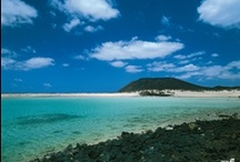 Fuerteventura / Mejor Isla de España y décima de Europa.   Best Island of Spain, 10th of Europe, by Tripadvisor Travellers' Choice™ 2013.  http://www.tripadvisor.es/TravelersChoice-Islands