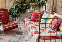 Inside Out / Fabulous outside spaces that are like mini outside rooms