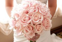 Wedding flower ideas / Ideas and inspiration for wedding flowers and floral arrangements