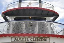 Samuel Clemens / Samuel Clemens is a replica steamship perfect for almost any event. With three decks, this 72-foot vessel will please all your guests!