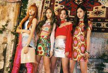BLACKPINK | WJSN | TWICE / BLACKPINK members are: Jisoo, Jennie, Lisa and Rosè ⚡️ WJSN members are: Bona, Dawon, Exy, Yeoreum, Xuan Yi, Luda, Eunseo, Dayoung, Cheng Xiao, Seola, Soobin, Yeonjung and Mei Qi ⚡️ TWICE members are: Sana, Momo, Tzuyu, Jihyo, Chaeyoung, Jungyeon, Mina, Nayeon and Dahyun ⚡️
