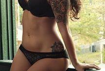 Curvy women / Women to look up to