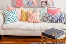 Styling / Styling ideas, hallways, coffee tables, entrance ways, cushions, copper, pictures