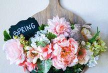 Springtime! / SAROMINspired DIY Do It Yourself Decorating Crafts Crafter Interior Decorating Farmhouse Rustic Spring Wreath Wreath Easter Bunny Party Planner Event Planner Hosting Houston HTX Pearland TX HGTV