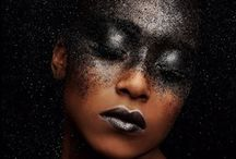 charm / The secret of feminine charm: painting, graphics, sculpture, film, fashion