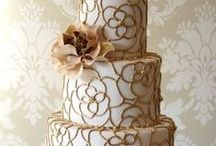 Gold Wedding Colors / Gold wedding colors and inspiration.