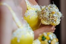 Yellow Wedding Colors / Yellow wedding colors and inspiration.