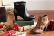 Winter Inspiration / Tis the season to give gifts of style! Clarks shoes, boots, sandals, and accessories always make the perfect gift.