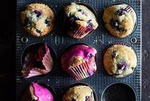 Quick Breads & Muffins / Loaf cakes, streusel muffins, fruit muffins, berry muffins, zucchini bread, banana bread, pumpkin bread / by Sift & Whisk | Dessert Food Blog