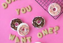 Donuts IceCream & Macarons / Donuts IceCream & Macarons
